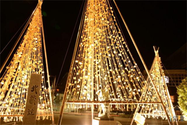 金沢の冬の夜は金箔雪吊り&ツリーファンタジーイルミネーション